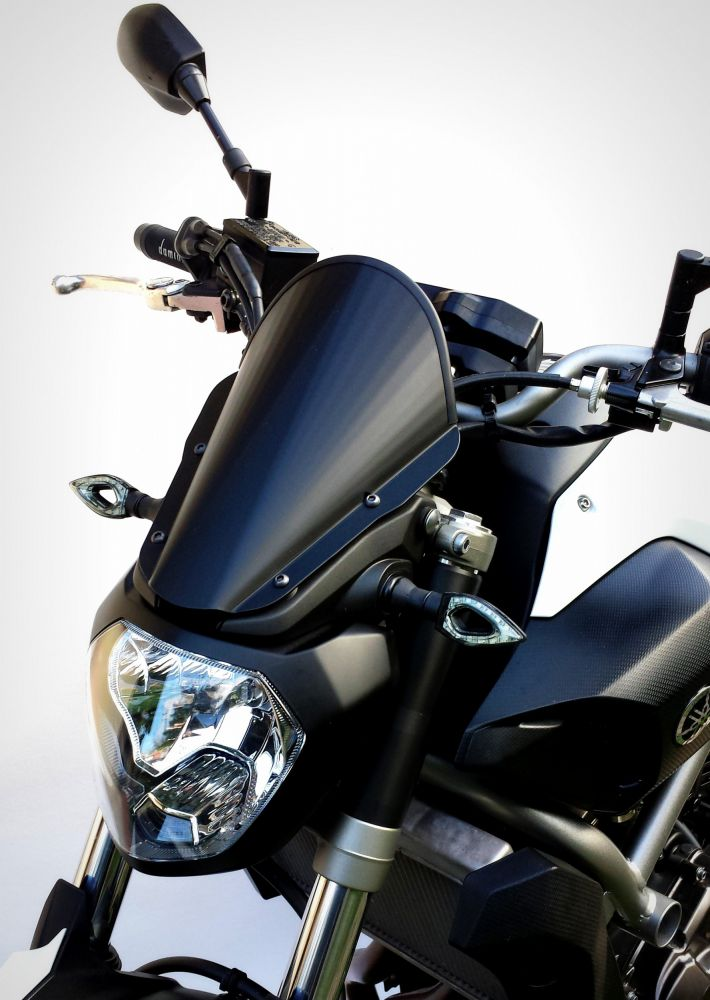 Yamaha MT-07 Aluminum Line windshield
