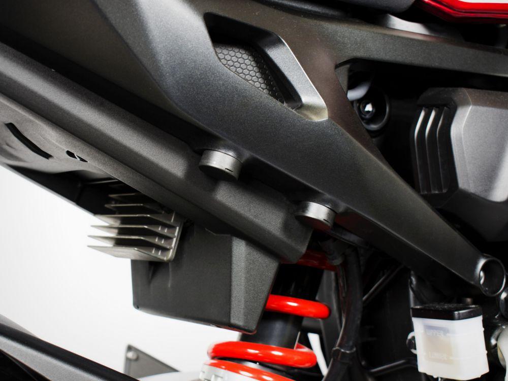 Honda CB1000R passenger footboards removal kit