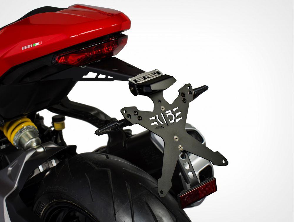 Ducati Monster 821 Italian Way license plate kit