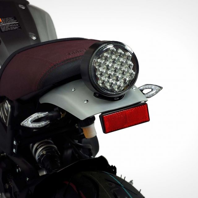 Yamaha XSR 900 turn lights supports (under the saddle) for Mono Arm license plate kit