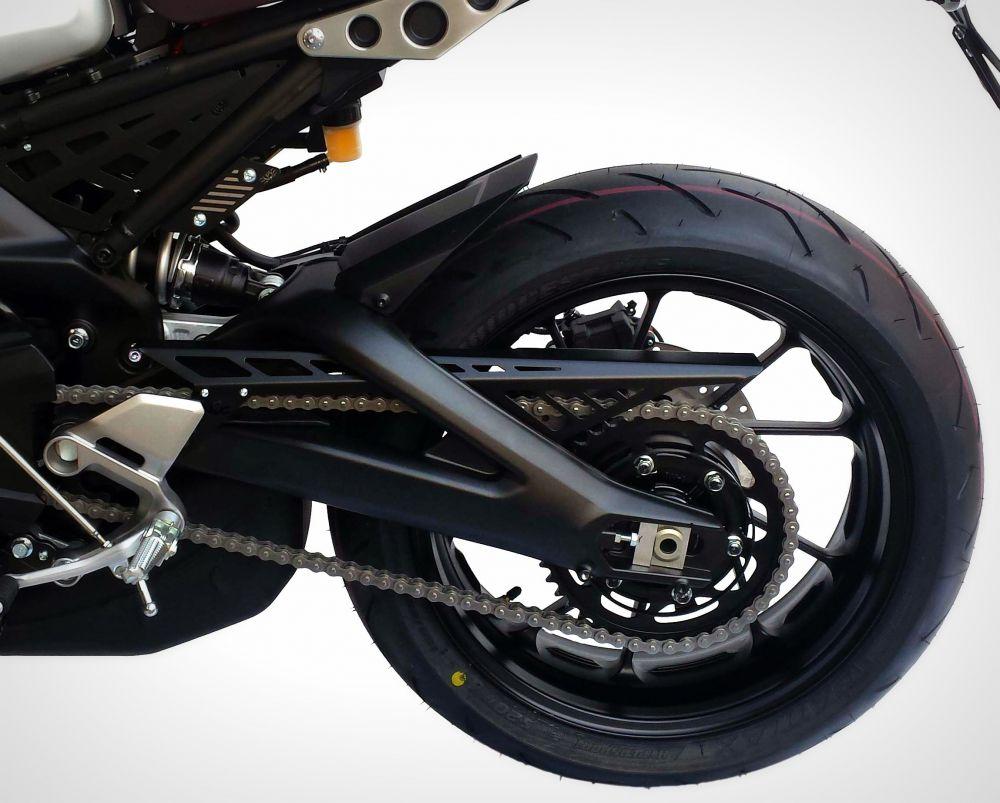 Yamaha XSR 900 chain cover