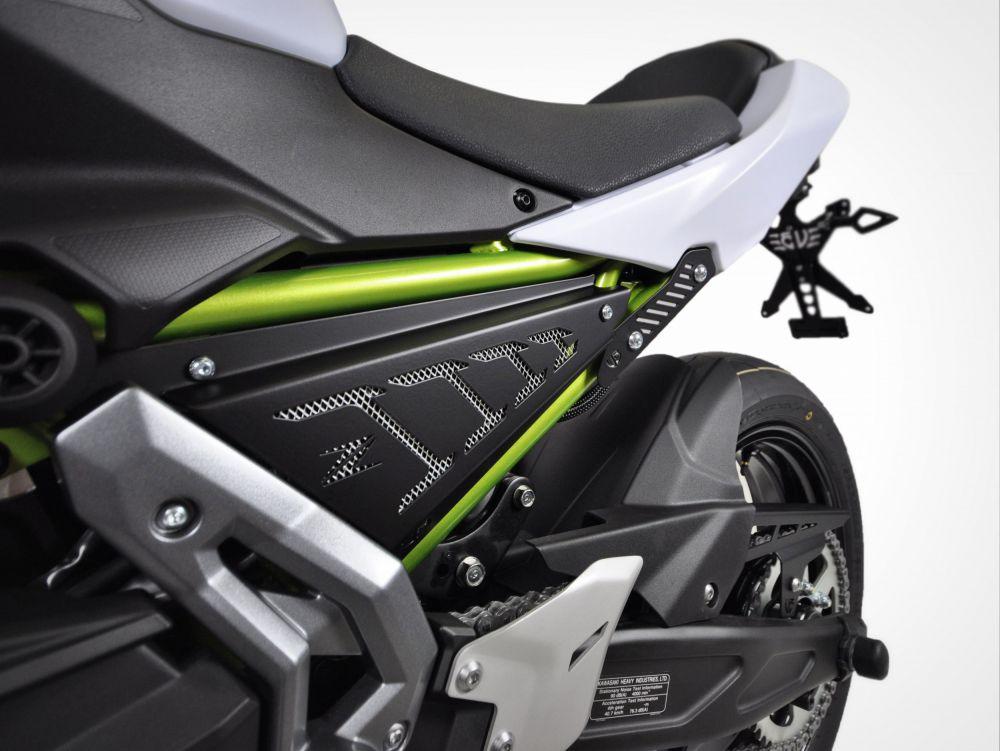 Kit couvercles latéraux Kawasaki Z650 / NINJA 650