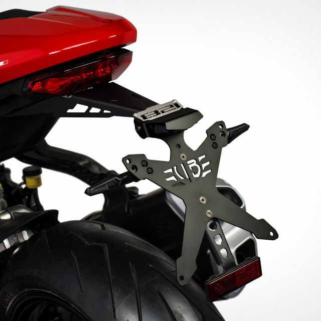 Kit portatarga Italian Way Ducati Monster 821