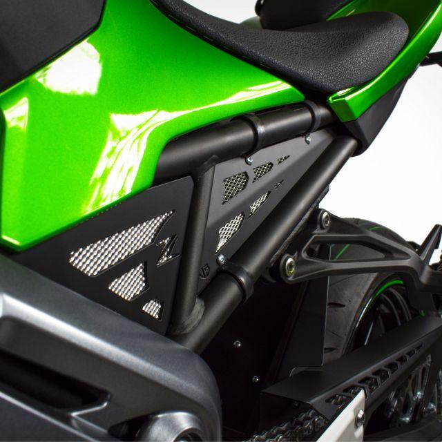 Kawasaki Z900 side carters kit