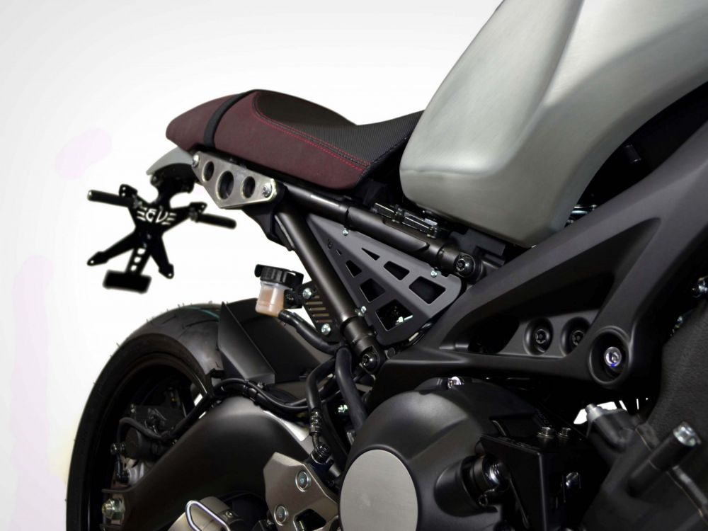 Yamaha XSR 900 frame side carters