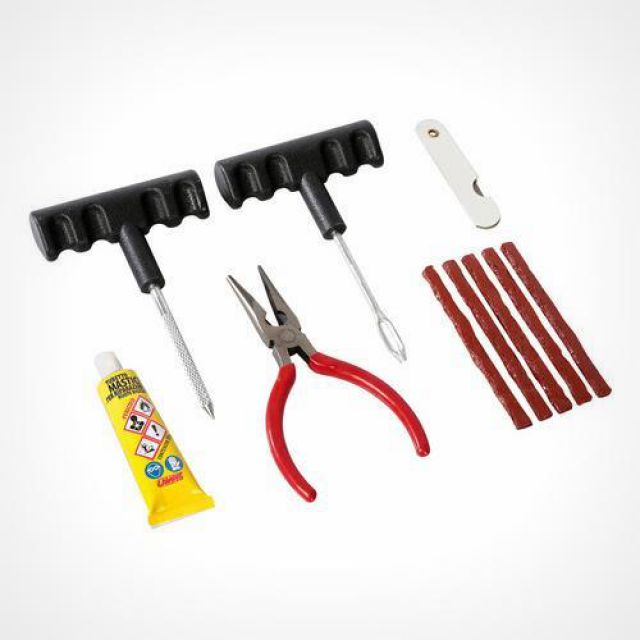 Tubeless tyre repair set