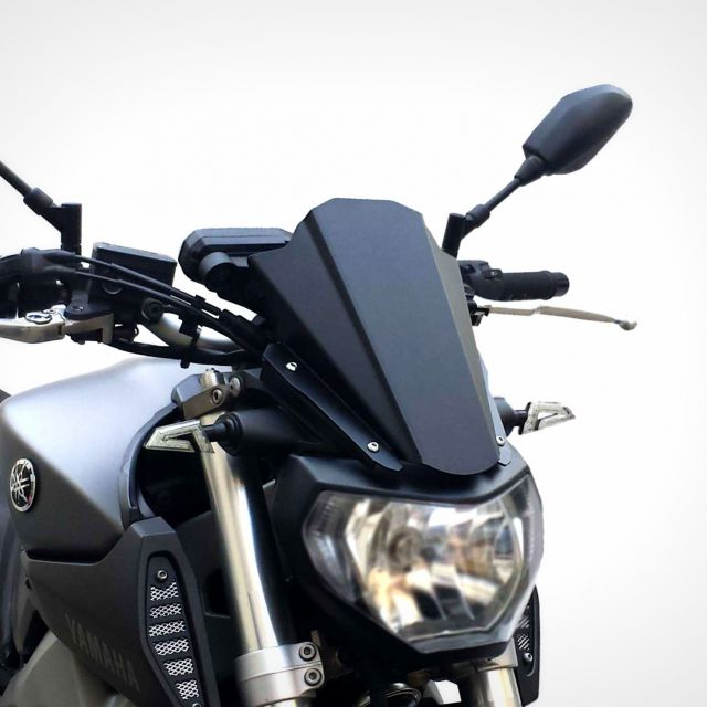 Yamaha MT-09 Race Line windshield
