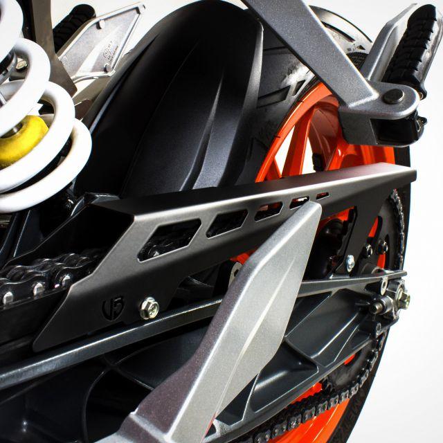 KTM Duke 390 chain cover